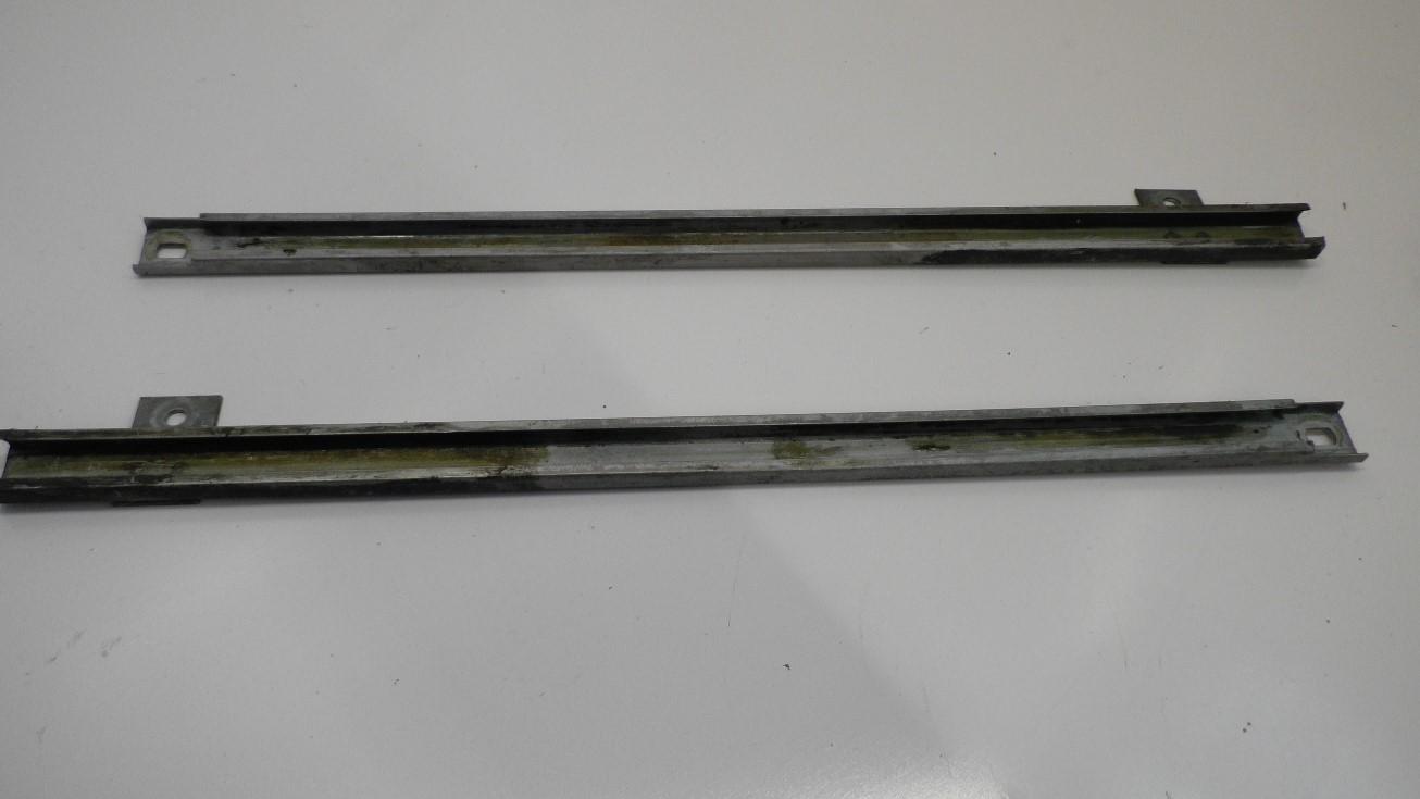 70-81 CAMARO TRANS AM FIREBIRD DRIVER LEFT SIDE GLASS HORIZONTAL WINDOW TRACK